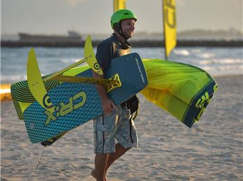 Convertible Kite Racing CR:X brings one-design to kiting - Kitesurfing News